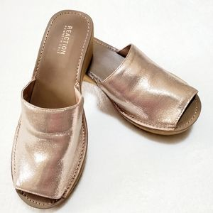 Kenneth Cole Reaction Gold Mule Shoes